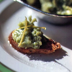 httpswww.saveur.comsitessaveur.comfilesimport2007images2007-08125-06_Lima_Bean_Mash_with_Lemon_and_Olive_Oil_250.jpg