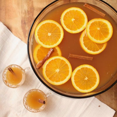Festive Fall Cocktails to Serve a Crowd