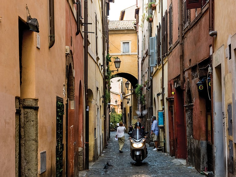 On the Hunt for Rome's Disappearing Classic Dishes