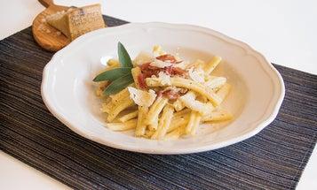 Strozzapreti Pasta with Prosciutto Crudo and Fontina