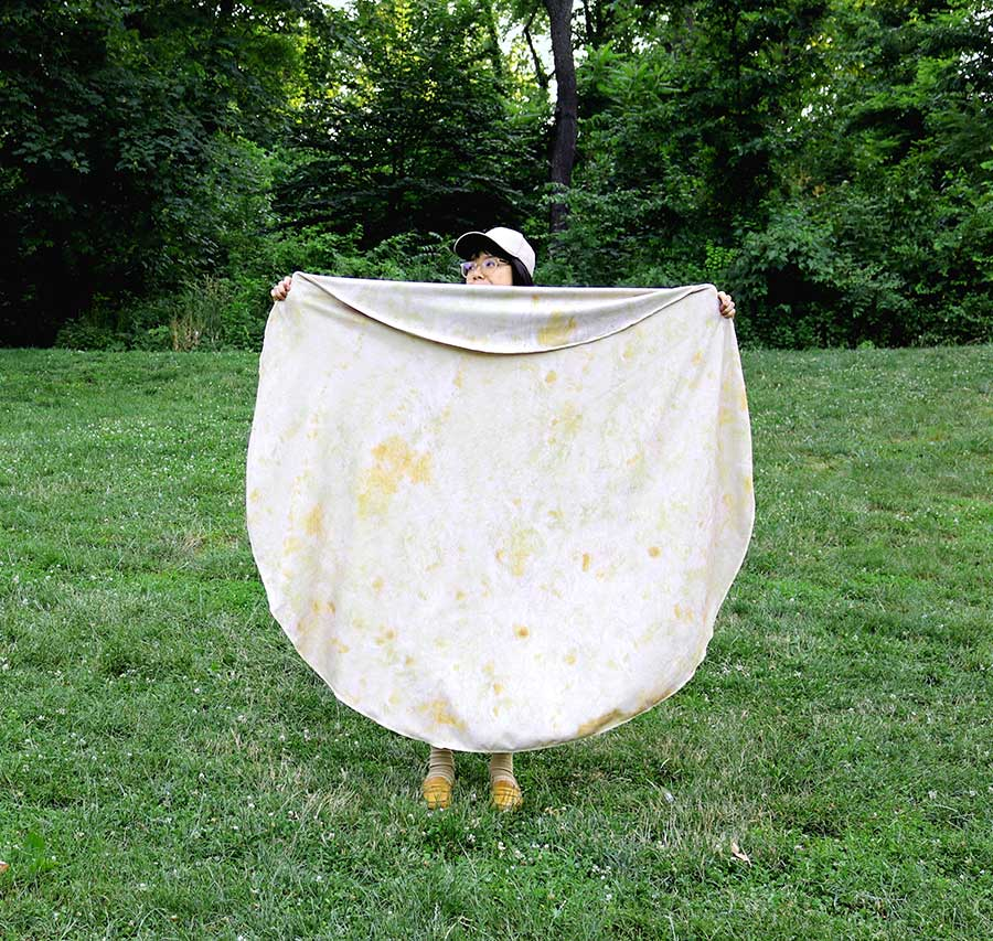 Dressing up as a burrito has never been easier.