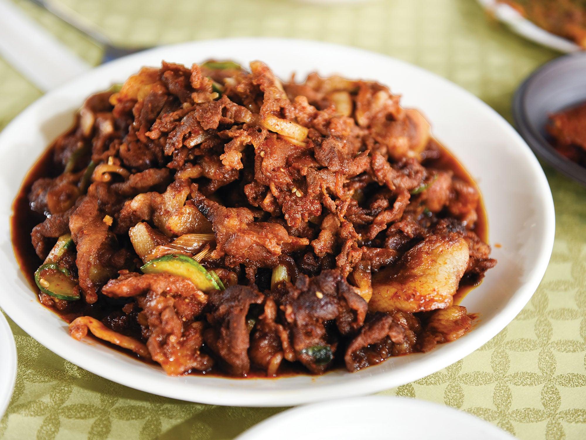 jeyuk bokkeum stir fried pork