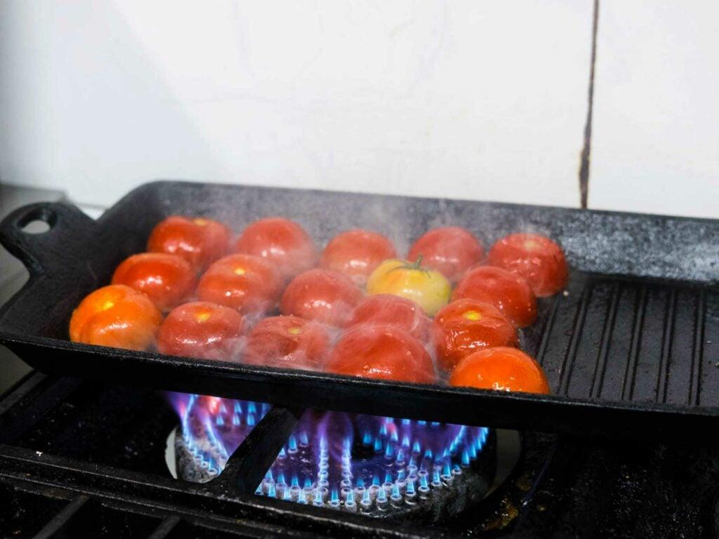Han Manuli Tomatoes