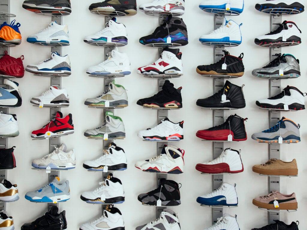 Sneaker Pawn