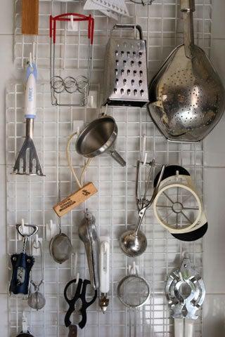 httpswww.saveur.comsitessaveur.comfilesimport2008images2008-03634-laudan_kitchenwise_5.jpg