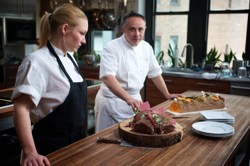 httpswww.saveur.comsitessaveur.comfilesimport2012images2012-127-video-dueling-dishes-episode-2-800×532.jpg
