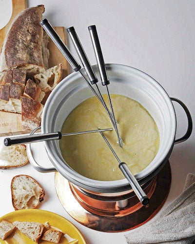 httpswww.saveur.comsitessaveur.comfilesimport2010images2010-127-SV134-FONDUE-POTS-_FORM_AND_FUNCTION-7.jpg