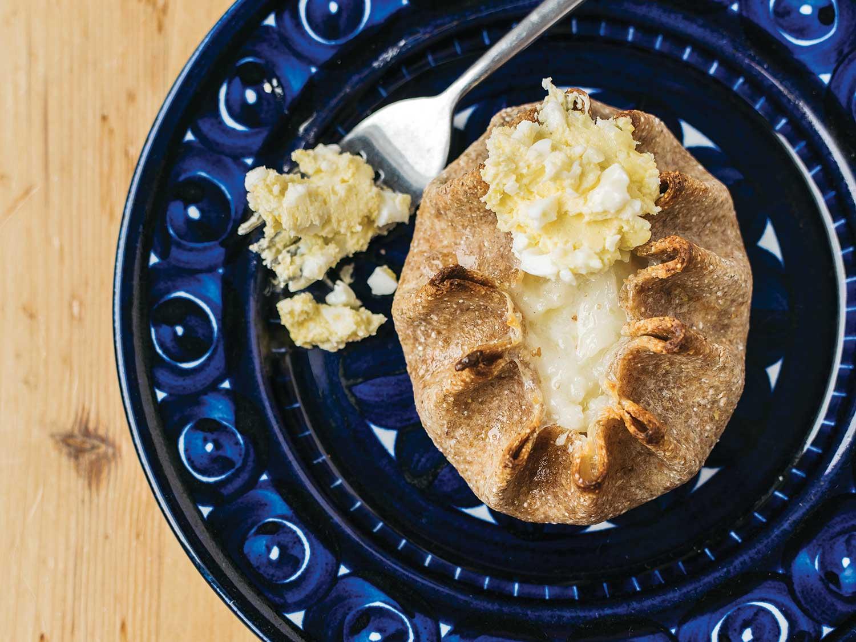 Savory Rice Pudding Pie (Karjalanpiirakka)