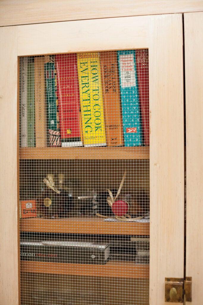 httpswww.saveur.comsitessaveur.comfilesimport2013images2013-057-gallery_ILMKB-Frank-Tartaglione_cookbook-shelf_ipad156_800x1200.jpg