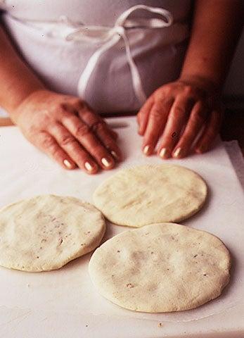 How to Make a Pupusas