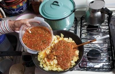 Papas en Chile Rojo (Potatoes in Red Salsa)