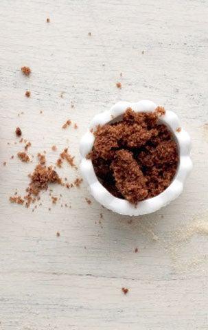 httpswww.saveur.comsitessaveur.comfilesimport2009images2009-01634-117_sugars-molasses_480.jpg