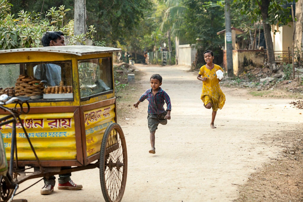 httpswww.saveur.comsitessaveur.comfilesimport20142014-07gallery_mishti-wallah-india_pintu-kids_1200x800.jpg