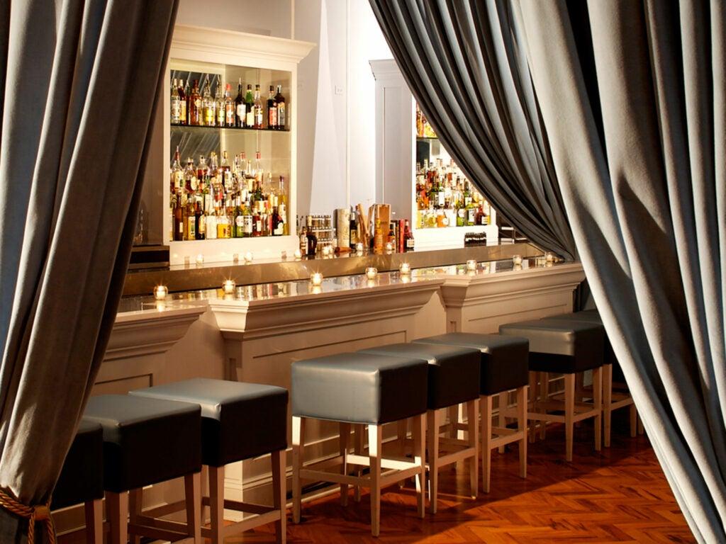 The Violet Hour bar