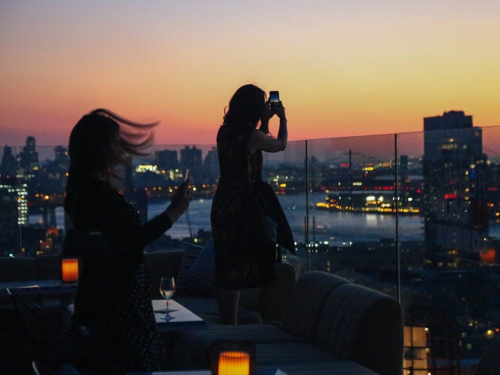 Bloggers snap some stellar sunset pics