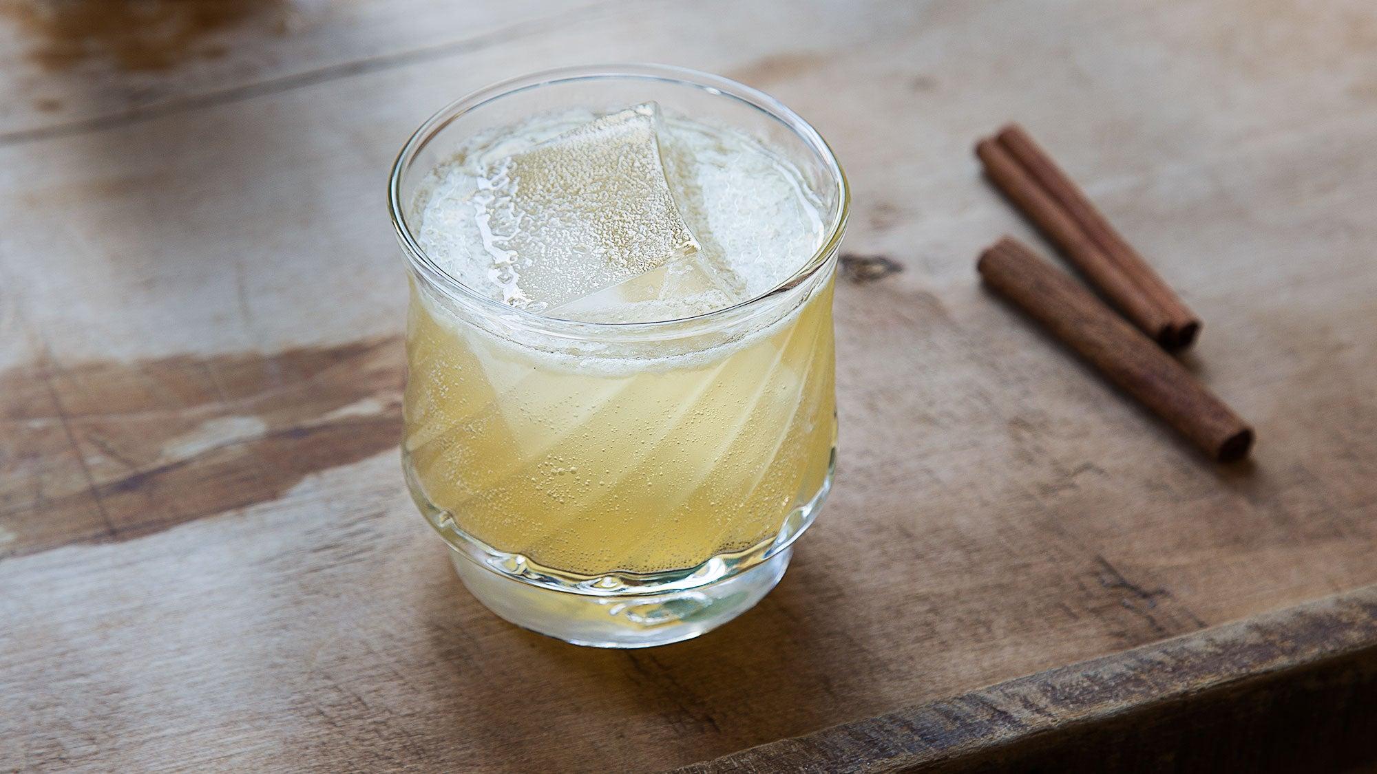 Cinnamon and Honey Scotch Sour