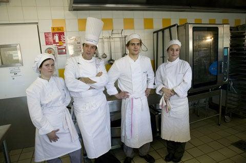 httpswww.saveur.comsitessaveur.comfilesimport2009images2009-01634-cooking_school_6_480.jpg