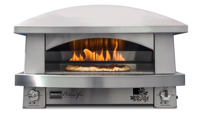 An Al Fresco Pizza Oven Worthy of Napoli