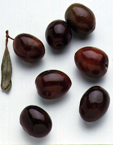 httpswww.saveur.comsitessaveur.comfilesimport2008images2008-03634-Italian_pantry-olives_8_480.jpg