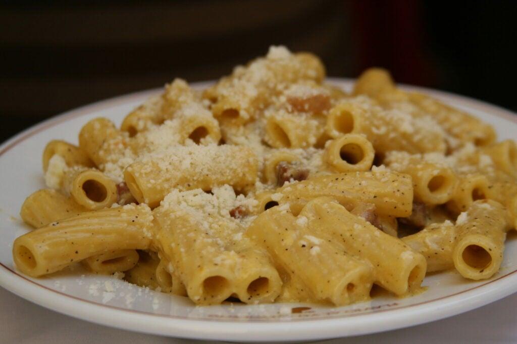 falvio carbonara rome travel pasta