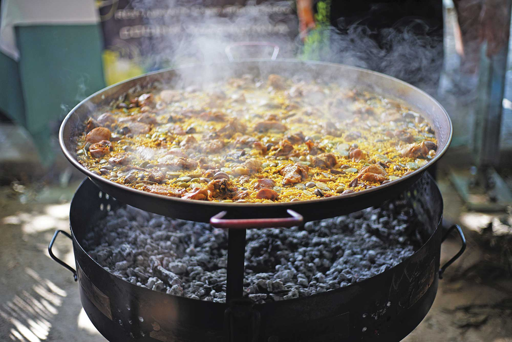 """""""You're Not Going to Find a Paella Like This in a Restaurant"""""""