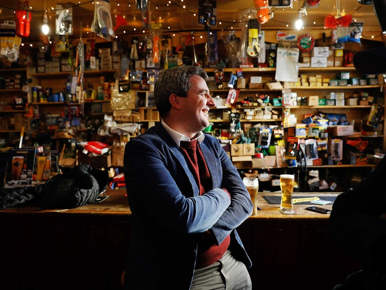 Welcome to the World's Greatest Pub Town: Dingle, Ireland