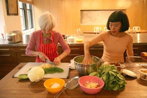 women making Japanese-style scrambled eggs