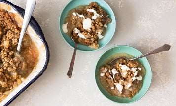 The Easy Way to Improve Apple Crisp: Add a Drizzle of Custard