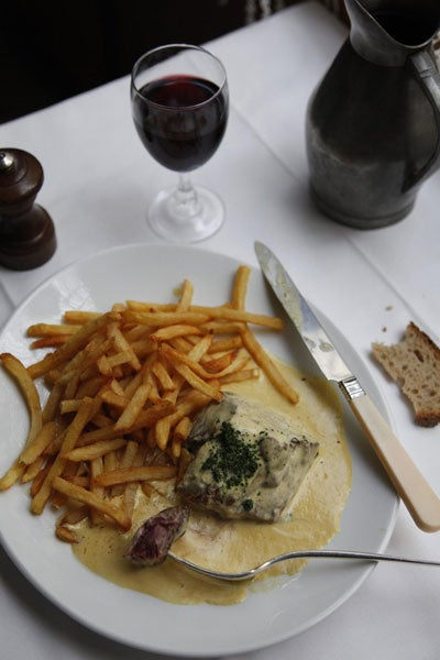 Pavés du Mail (Pan-Fried Steaks with Mustard Cream Sauce)