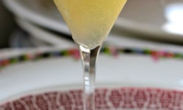 Friday Cocktails: the French Blonde