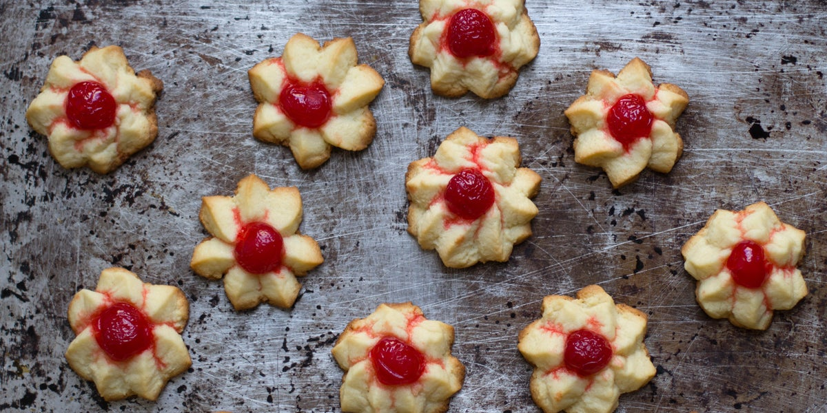 Cherry-Almond Star Cookies