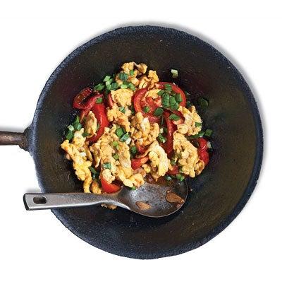 Stir-Fried Tomato and Eggs (Xihongshi Chao Jidan)