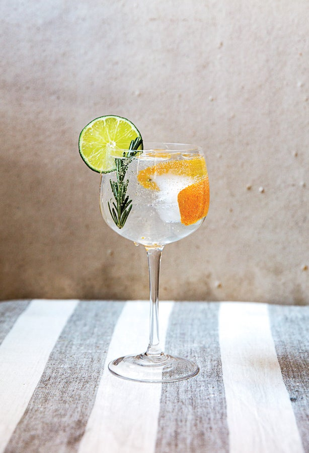 gin, tonic, cocktails