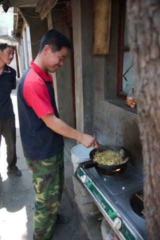 httpswww.saveur.comsitessaveur.comfilesimport2008images2008-04634-beijing_kitchen_9.jpg