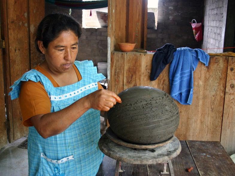 Innovando la Tradición Is Preserving Oaxaca's 35 Styles of Pottery, One Mezcalero at a Time