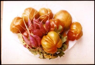 httpswww.saveur.comsitessaveur.comfilesimport2010images2010-127-SV85-Valencia-Tomato-400.jpg