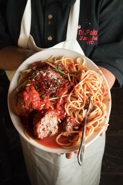 httpswww.saveur.comsitessaveur.comfilesimport2013images2011-117-SAV143-spaghettiandmeatballs-400×600.jpg
