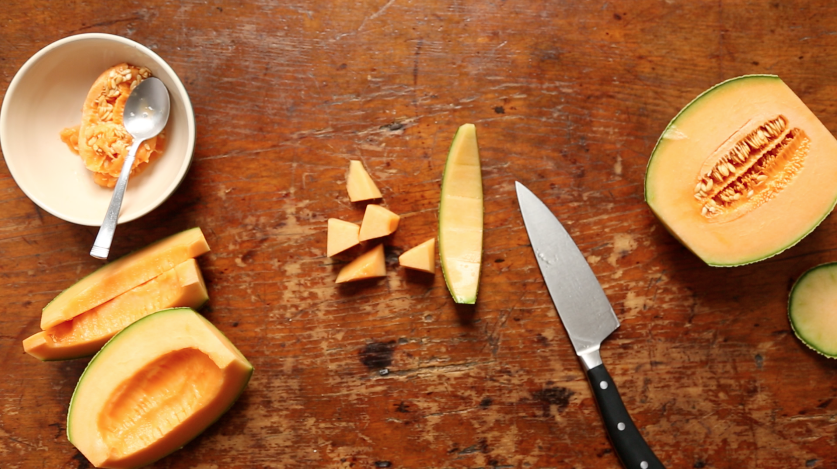 Video: How to Cut a Melon