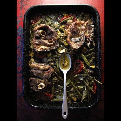 Roasted Lamb Shoulder and Vegetables (Saneeyeh Bil Fern)