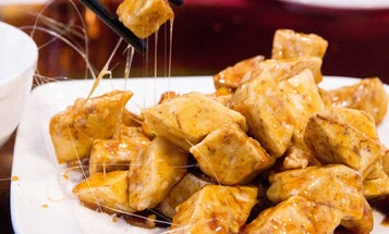 Make Your Own Caramel Candy at This Chinese Restaurant