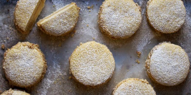 Hazelnut Cream Sandwich Cookies (La Deliziosa)