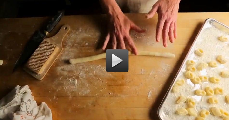 How to Make Gnocchi al Pomodoro