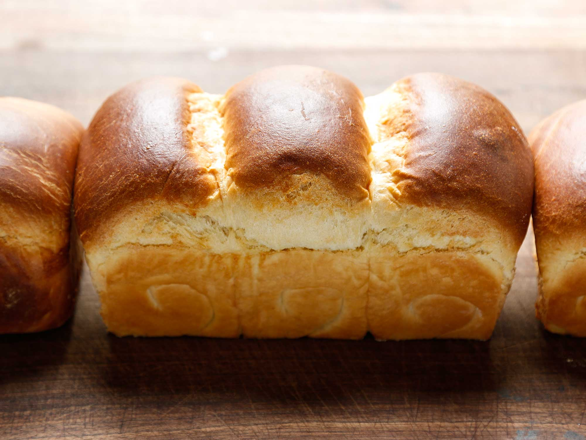 How to Make the Fluffiest White Bread in the World