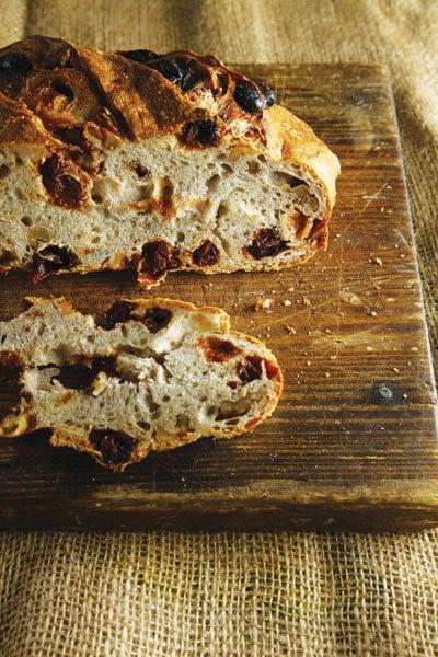 httpswww.saveur.comsitessaveur.comfilesimport2012images2012-047-Am_Bread_41.jpg