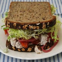 httpswww.saveur.comsitessaveur.comfilesimport2007images2007-12125-108_chicken_salad_sandwich_250.jpg