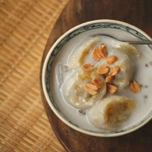 Banana, Coconut, and Tapioca Pearl Soup