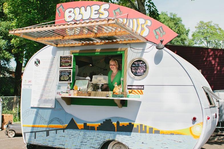 Meet the 2013 BFBA Winners: Behind the Food Carts