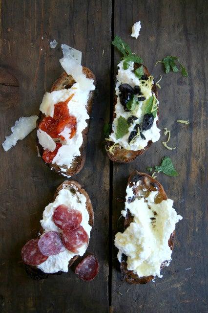 12 Easy Crostini Recipes
