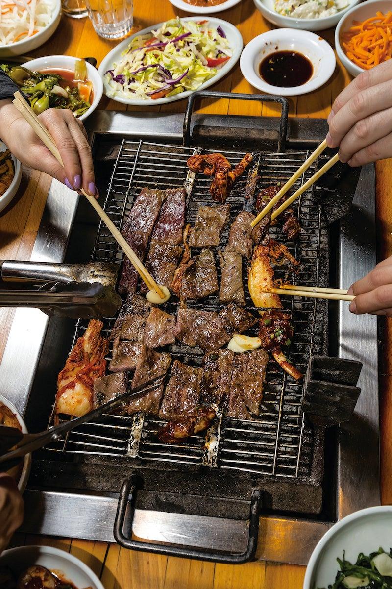 Korean Grilled Beef Ribs (Kalbi)