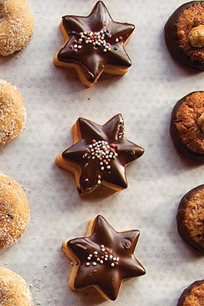 Chocolate-Dipped Shortbread Cookies (Schokiladen-Butter-plätzchen)